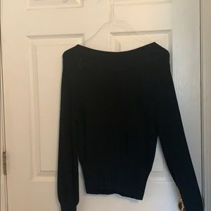 Basic cropped black knit sweater